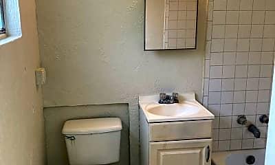 Bathroom, 221 Mike St, 2