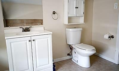 Bathroom, 48 W Berkley Ave, 2
