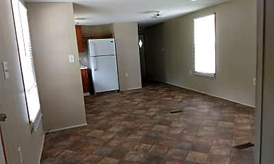 Kitchen, 5753 Fort Rd, 2