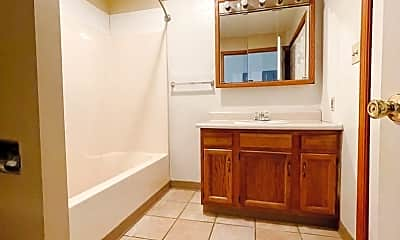 Bathroom, 1301 S Rochester Ave, 2