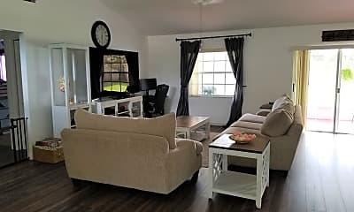 Living Room, 2107 Godfrey Ave, 1