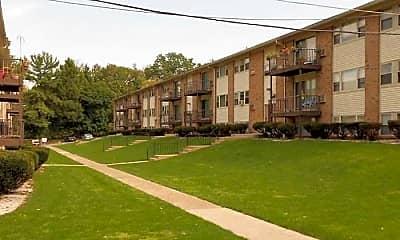 Courtyard, Ravenscroft Apartments, 0
