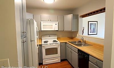 Kitchen, 1340 Hunters Rd, 1