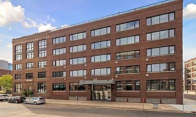 Building, 525 N 3rd St 412, 2
