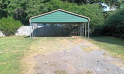 Building, 13477 Hwy 31, 2