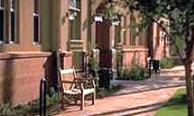 Roosevelt Square Apartments, 2