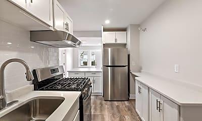Kitchen, 9 Kimball St 2R+, 1