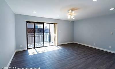 Living Room, 4786 E Malta St, 1