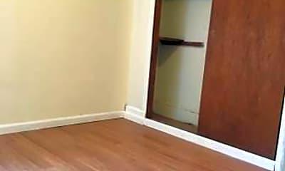 Bedroom, 611 S Park St, 1