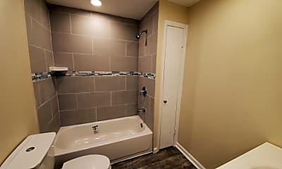 Bathroom, 421 Plainfield Ave, 1