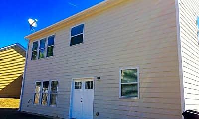 Building, 2400 Village Green Dr, 2