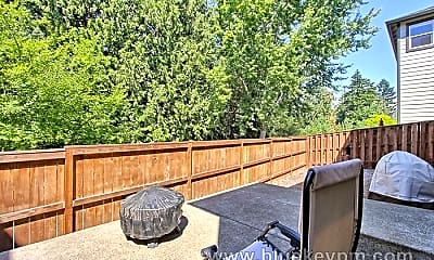 Patio / Deck, 20125 SW Mohican St, 2