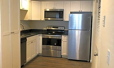 Kitchen, 390 E 2700 S, 0