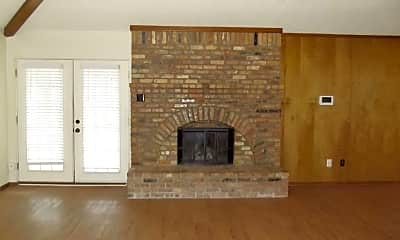 Living Room, 5238 91st St, 1