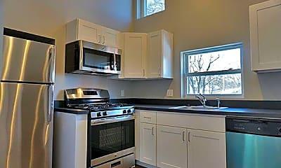 Kitchen, 100 Elm St, 0