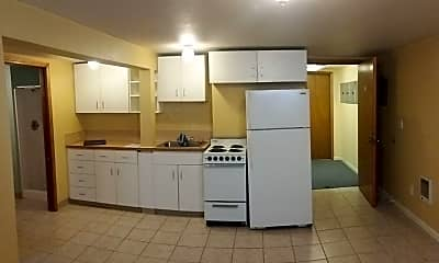 Kitchen, 6633 N Vancouver Ave, 0