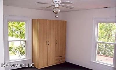 Bedroom, 816 Avon St, 2