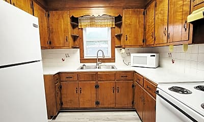 Kitchen, 805 Fillmore St, 1