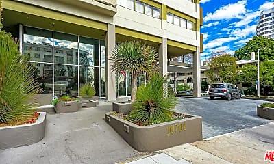 Patio / Deck, 10701 Wilshire Blvd 1206, 0