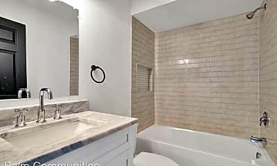 Bathroom, 6119 Memorial Hwy, 2