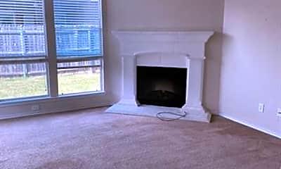 Living Room, 10832 Hawks Landing Rd, 2