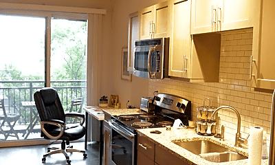 Kitchen, 295 E Long St, 0