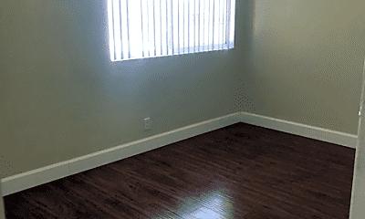 Bedroom, 6976 Fulton St, 2