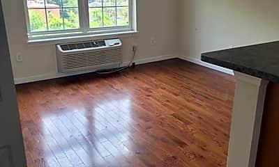 Living Room, 4834 Penn St, 0