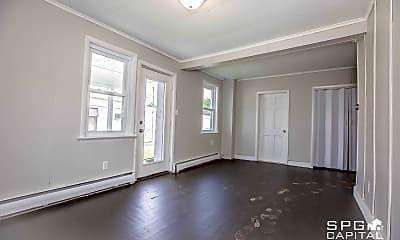 Living Room, 422 N High St, 1