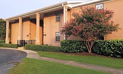 The Breeze Apartments, 0