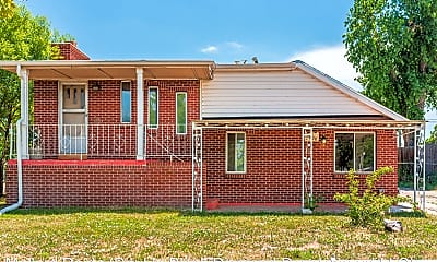 Building, 6600 E 76th Pl, 1
