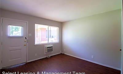 Living Room, 2225 N 4th St, 1