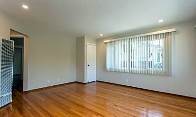 Living Room, 505 Harrison Ave, 2