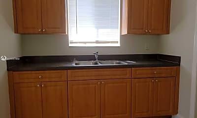 Kitchen, 409 Metcalf Ct, 1