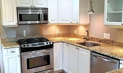 Kitchen, 3660 Peachtree Rd NE H4, 0