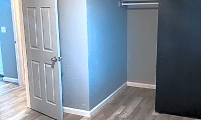 Bedroom, 4450 Loomis Ave, 2