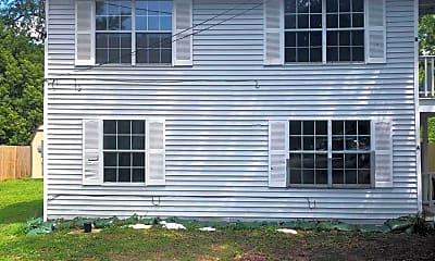 Building, 905 Sarrazin Ave A, 0