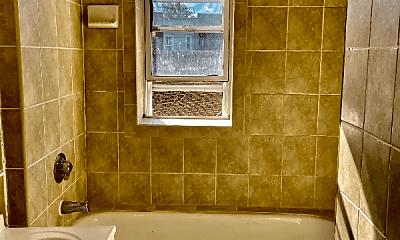 Bathroom, 176 Broadway, 2