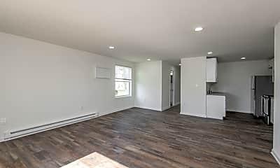Living Room, 2124 Grafton Dr, 2