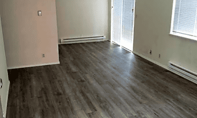 Living Room, 12733 Greenwood Ave N, 1