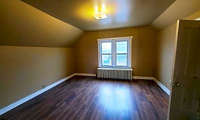 Living Room, 1322 Madison St, 2