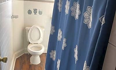 Bathroom, 2012 Plum St, 1