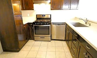 Kitchen, 9316 Palm St, 0