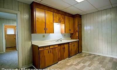 Kitchen, 1412 W 5th St, 1