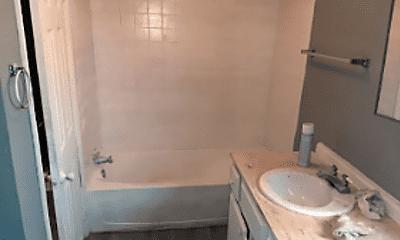 Bathroom, 3423 Garner Ave, 2