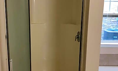 Bathroom, 1252 Duncan Gardens Drive, 2