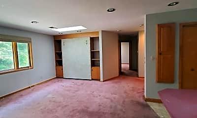 Living Room, 595 S Ruffner Rd, 1