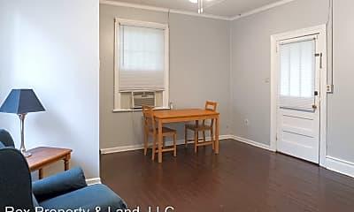 Living Room, 2425 Williams St, 1