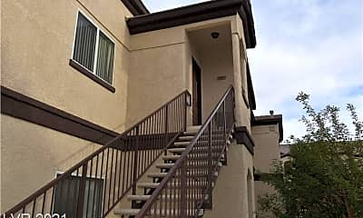 Building, 2291 W Horizon Ridge Pkwy 8247, 1