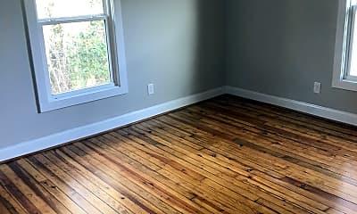 Living Room, 162 Garrett St, 2